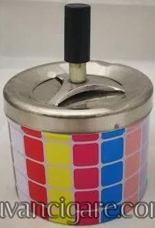 Roto pepeljara sareni kvadrati